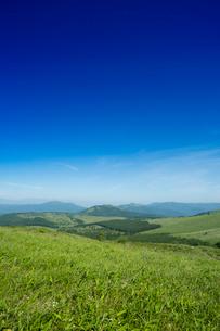 霧が峰車山高原より八島ヶ原湿原を望むの写真素材 [FYI04049608]