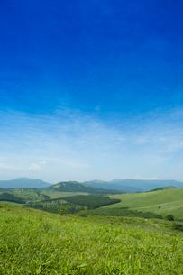 霧が峰車山高原より八島ヶ原湿原を望むの写真素材 [FYI04049636]