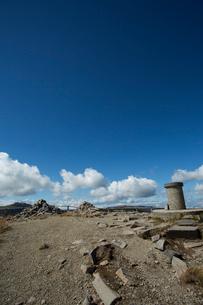 秋の牛伏山山頂の写真素材 [FYI04049648]