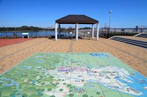 村山貯水池 広場の東京都水道地図の写真素材 [FYI04050941]