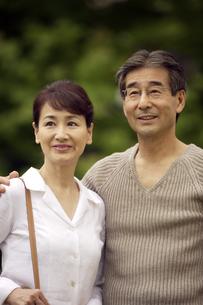 熟年の夫婦の写真素材 [FYI04051791]