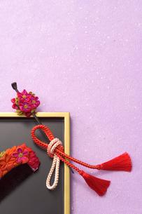 花かんざしと櫛の写真素材 [FYI04051943]