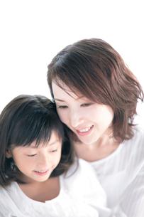 母と娘の写真素材 [FYI04052428]