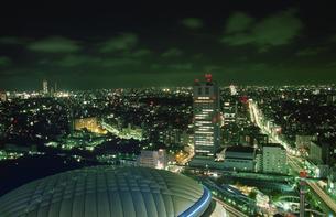 東京ドームのライトアップの写真素材 [FYI04058917]