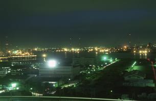 千葉の港湾の夜景の写真素材 [FYI04059298]