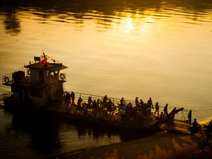 中国 雲南省 ガンランパ_ジンホンの夕暮れの写真素材 [FYI04060919]