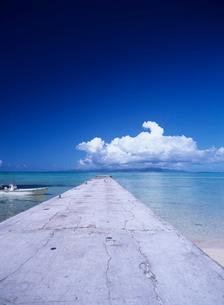 西桟橋と海 竹富島の写真素材 [FYI04061683]