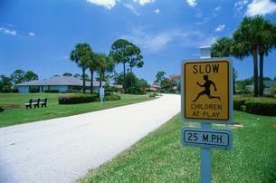 道路標識の写真素材 [FYI04064491]