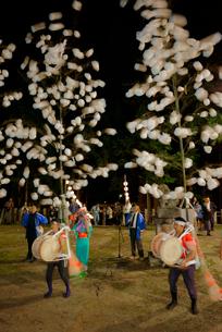 川上ほうろ踊り,八幡神社,9月第3土曜日,岐阜県重文の写真素材 [FYI04068483]