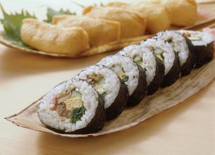 巻き寿司の写真素材 [FYI04069260]