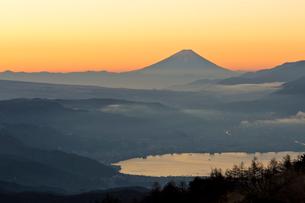 高ボッチからの富士山の写真素材 [FYI04071830]