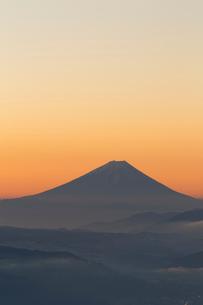 高ボッチからの富士山の写真素材 [FYI04071831]