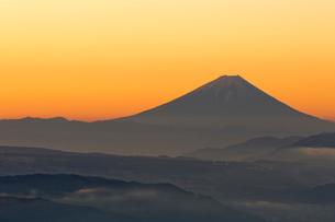 高ボッチからの富士山の写真素材 [FYI04071832]
