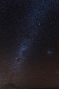 ウユニ塩湖 星空の写真素材 [FYI04071850]