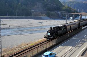 大井川鐡道の蒸気機関車の写真素材 [FYI04074122]
