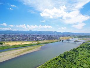 信濃川と大手大橋の写真素材 [FYI04074559]