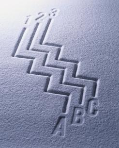 アルファベットと白砂の写真素材 [FYI04076895]