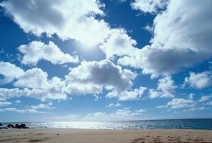 空と海   ノースコナ ハワイの写真素材 [FYI04076900]