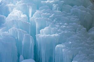 冬の大禅の滝氷柱の写真素材 [FYI04076909]