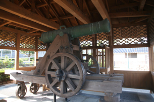 手引ケ浦台場公園 洋式大砲の写真素材 [FYI04077009]