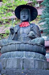 太宗寺の銅造地蔵菩薩坐像の写真素材 [FYI04077090]