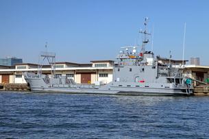 アメリカ陸軍上陸用舟艇LCUの写真素材 [FYI04077377]