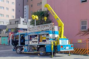 防災訓練の警視庁広域レスキュー車の写真素材 [FYI04077387]