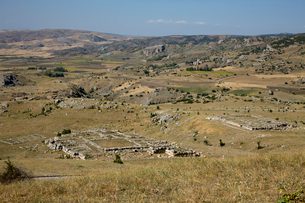 ハトゥシャシュ遺跡の神殿跡の写真素材 [FYI04077630]