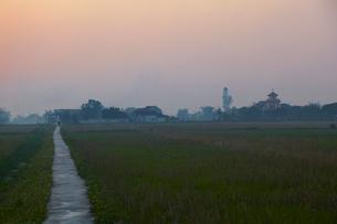 ベトナム、ファッジエム教会近郊の風景の写真素材 [FYI04078391]