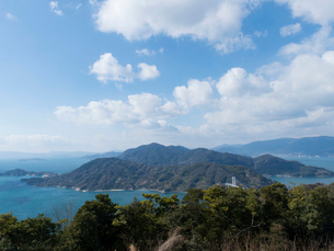 広島 豊島 十文字山公園から見た上蒲刈島の写真素材 [FYI04078410]