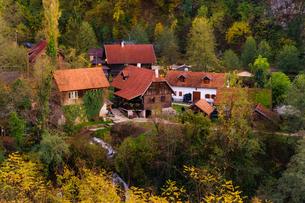 クロアチア ラストケ村の写真素材 [FYI04078496]