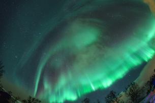 ノルウェーで見るオーロラの写真素材 [FYI04078500]