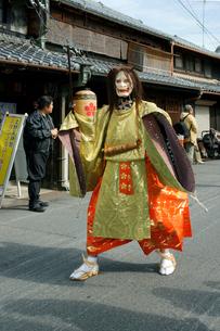 上野天神祭 鬼行列・悪鬼(あっき) の写真素材 [FYI04079104]