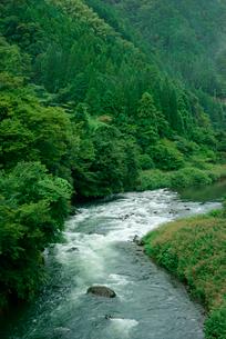 揖斐川 元藤橋より上流を見るの写真素材 [FYI04079299]