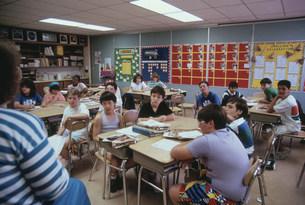 ロックウェル小学校 栄養の授業 6年生の写真素材 [FYI04079683]