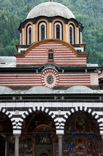 リラの僧院 聖母誕生教会の写真素材 [FYI04079722]