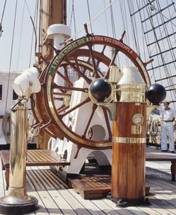 ポルトガルの帆船サグレス号の船籍の写真素材 [FYI04080780]