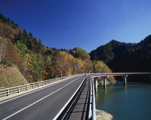 札幌湖の定山渓レークラインの写真素材 [FYI04080966]