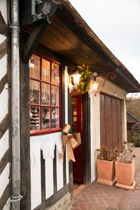 ブブロン・オン・オージュ村,木組みの伝統的な建物の写真素材 [FYI04081052]