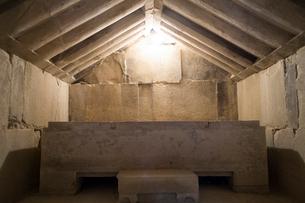 タマッソス遺跡の墓の写真素材 [FYI04081264]