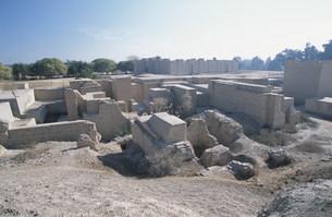 バビロン遺跡 空中庭園の跡の写真素材 [FYI04082724]