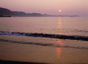 熊野古道 那智の浜の写真素材 [FYI04082881]