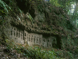 応暦寺の堂の迫磨崖仏の写真素材 [FYI04082961]