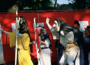 干立の節祭 オホホとミルクの舞の写真素材 [FYI04083345]
