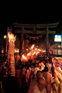 吉田の火祭りの写真素材 [FYI04083365]