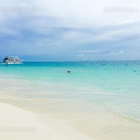 ビーチの写真素材 [FYI04083998]