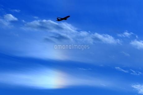 離陸機と幻日の写真素材 [FYI04084792]
