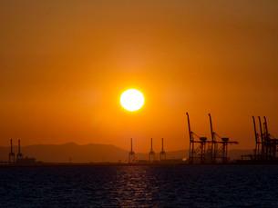 夕日の写真素材 [FYI04085957]