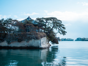 宮城県の松島湾にある瑞巌寺の五大堂。国の重要文化財に指定されている。 の写真素材 [FYI04086065]
