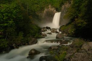 苗名滝の夜景の写真素材 [FYI04086941]